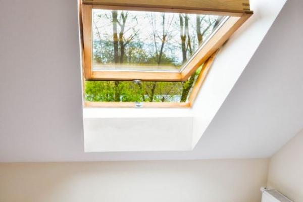 widok z okna w pokoju